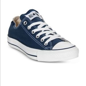 Unisex Low Top Converse in Navy